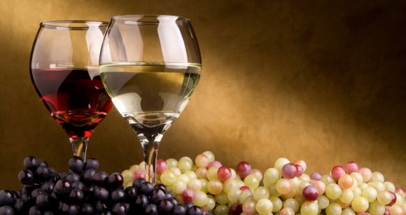 wine-grapes-white-green-blue-red-glass_120950